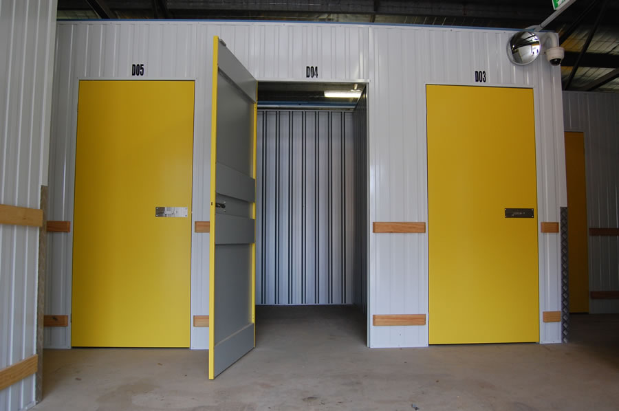 self-storage-units-3x1.5x3-13.5m3-caloundra
